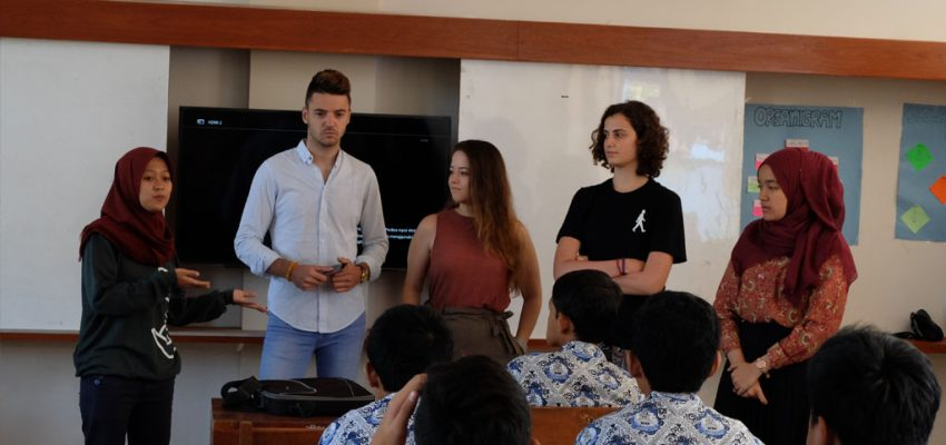 AIESEC Goes to Labschool